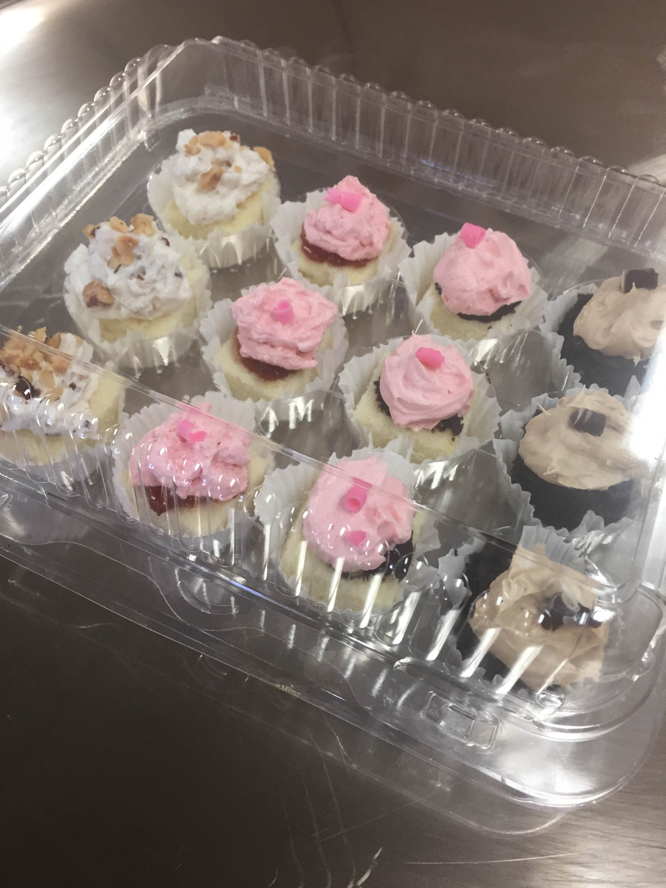 Christine's Story: Wedding Cake Samples