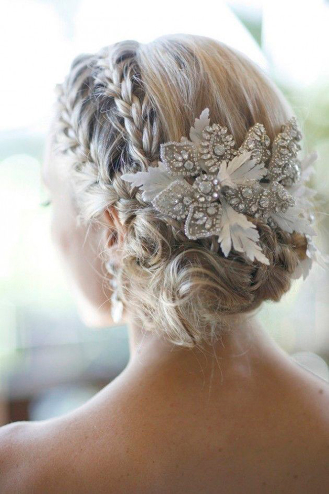 Winter Wedding Hairpiece