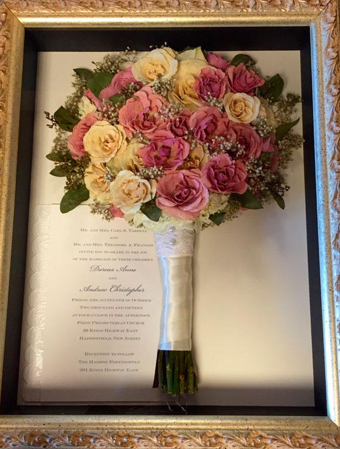 Harsanik 4 ways to preserve your wedding flowers wedding flowers junglespirit Choice Image